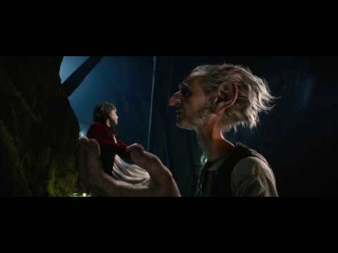 The BFG (Clip 'I Catch Dreams')