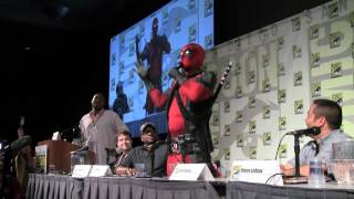 Video SDCC 2012: Deadpool crashes the Marvel Games panel to announce his own game MP3, 3GP, MP4, WEBM, AVI, FLV Januari 2018