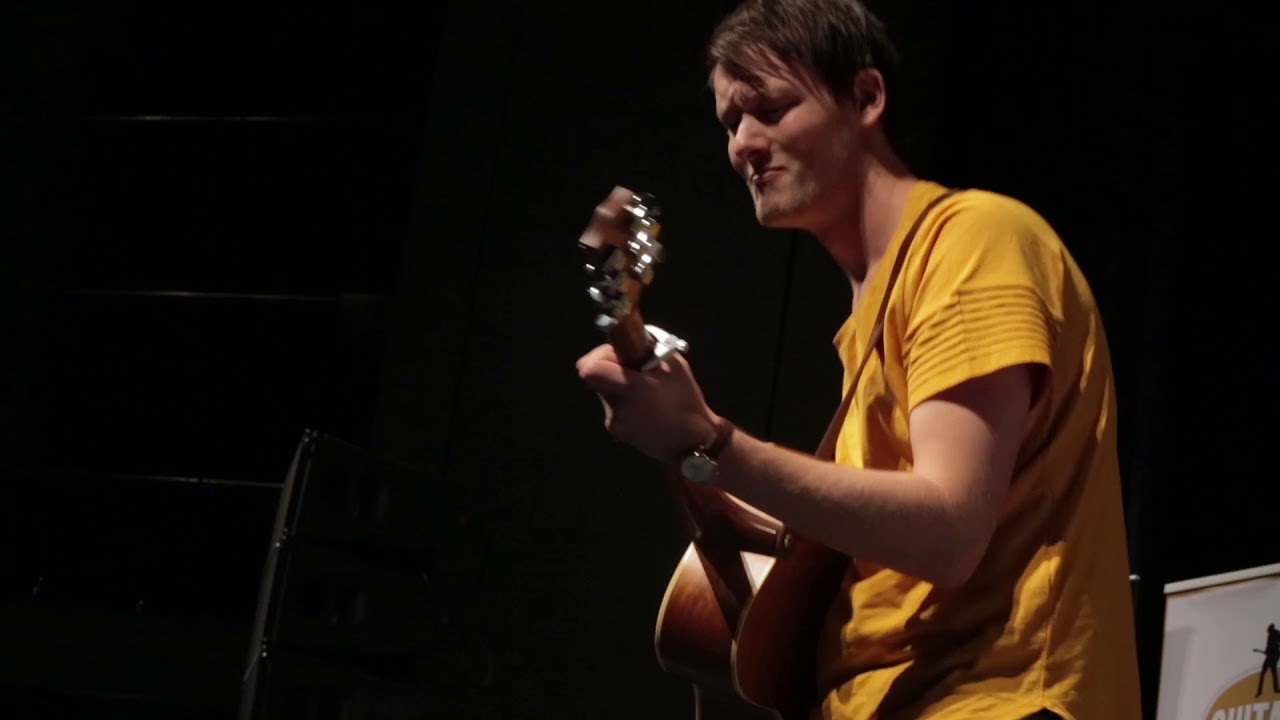 Acoustic Guitarist of the Year 2018 finalist – Casper Esmann