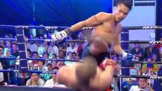 Кикбоксер во время боя повторил трюк из «Матрицы»