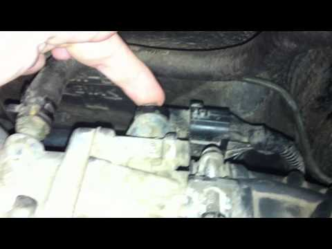 2002-2005 Kia Sedona Throttle Position Sensor Replacement