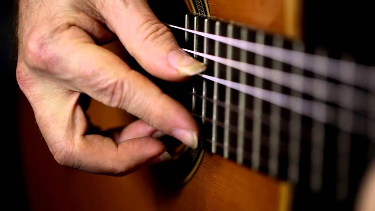 Asturias – Isaac Albeniz  (Michael Lucarelli, classical guitar)