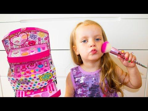 Funny Videos with Toys from Gaby and Alex_A valaha feltöltött legjobb vicces videók