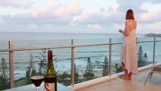 Oceans Mooloolaba Resort, 5 star luxury holiday apartments positioned directly opposite Sunshine Coast QLD Mooloolaba Beach on the Esplanade.