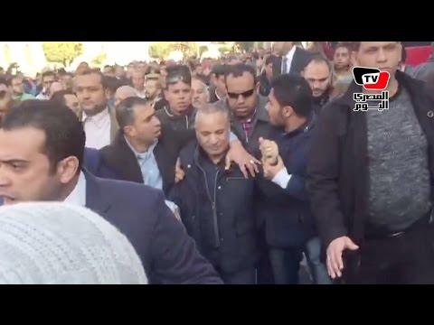 طرد أحمد موسى من محيط الكاتدرائية بالعباسية