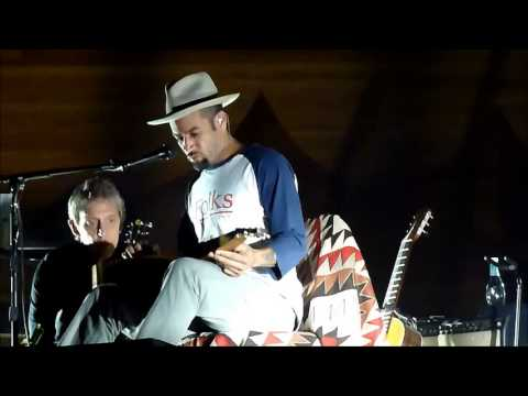 Ben Harper Solo Acoustic Tour 2012, Wellington N.Z. 3-11-2012 &quot;Better Way&quot;