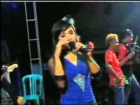 Eva Kharisma 2012 - TAK SETIA Dangdut Hot bersama OM.DUTA SUARA (SELO,BOYOLALI)