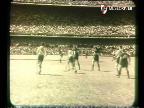 Boca vs River (1955) La Maquinita Campe�n en La Bombonera