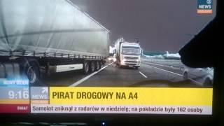 Debil z BMW zatrzymał się na autostradzie żeby wpie*dolić typowi powodując wypadek TIRów