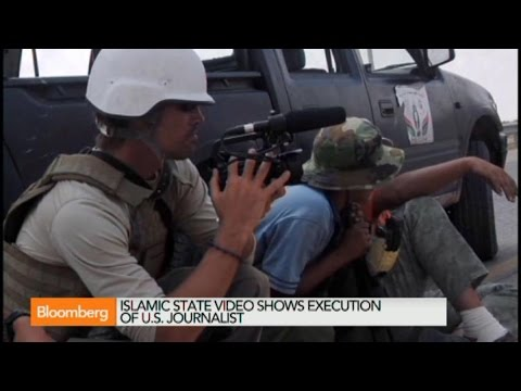 """State - Aug. 20 (Bloomberg) -- Phil Mattingly reports on the Islamic State militant group's claim that it beheaded an American journalist in Iraq. Mattingly speaks on """"In The Loop."""" (Source:..."""