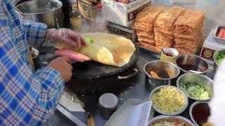 Dalian China  City new picture : Chinese Crepe (Jian Bing-Guo Zi) in Dalian, China 2014