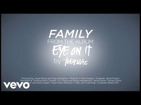 Tekst piosenki Tobymac - Family po polsku
