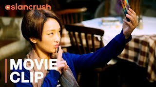 How to flirt with guys you hate   Clip from 'Women Who Flirt'