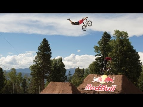 The Biggest Dirt Jump Contest of 2013 – Red Bull Dreamline