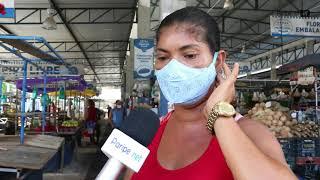 Feirante reclama do mau cheiro no Mercado de Periperi