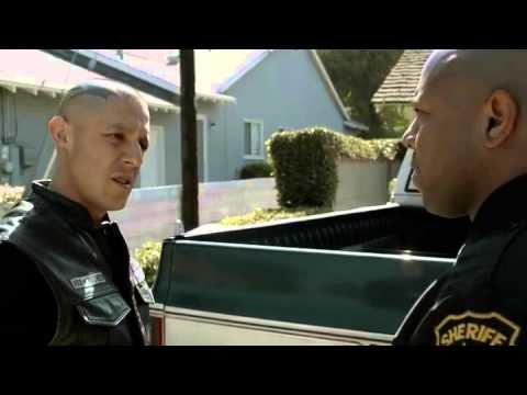 Sons of Anarchy S06E13 - Gemma kills Tara and Jax discovers Tara's body (Scene, HD)