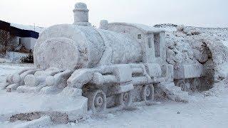 Çıldır Gölü'nde Doğu Ekspresinin Kardan Heykeli