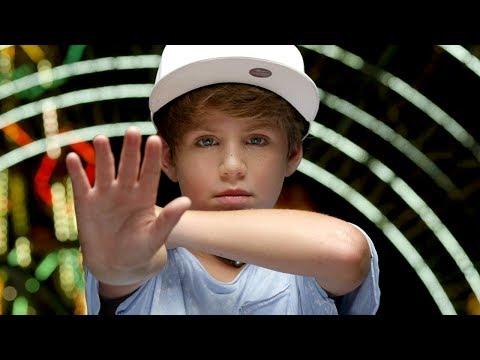 Tekst piosenki MattyBRaps - Clap po polsku