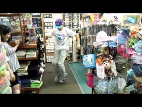 KING CHARLES Footworking at souvenir shop