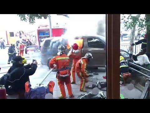 Σαγκάη: Τρόμος από φλεγόμενο όχημα