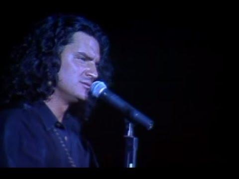 Ricardo Arjona video Mi primera vez - Teatro Opera 1995 - Argentina