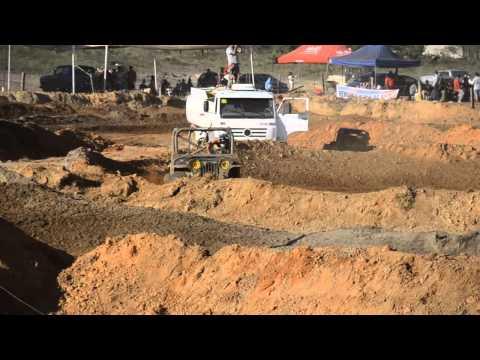 Jeep Cross 2015 - Cocalzinho de Goiás