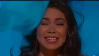 Moana Star Auli'i Cravalho Gets Hit In The Head During 2017 Oscars Performance