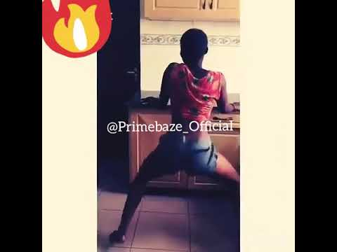 Hot Naija Girl Twerking Off