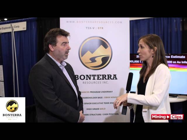 Dale Ginn with The Resource Maven, Gwen Preston at the 2016 VRIC...