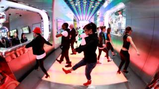 Video Michael Jackson Tribute Performance by Employees of LOVE from Cirque du Soleil MP3, 3GP, MP4, WEBM, AVI, FLV Juli 2018