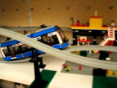 LEGO 8404 Public Transport Station Monorail Part 2