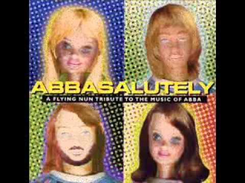 Tekst piosenki Garageland - Dancing Queen (ABBA cover) po polsku