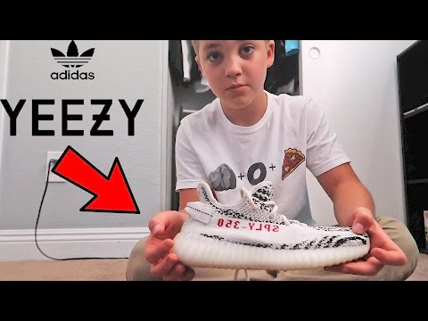 ADIDAS YEEZYS REVIEW (ROCCOS FIRST SOLO VLOG)