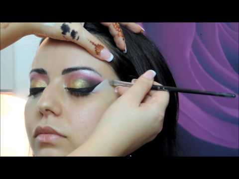bollywood Makeup by Hina (видео)