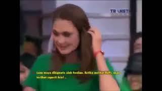 Video Luna Maya Marahi Ariel Saat Di Hipnotis MP3, 3GP, MP4, WEBM, AVI, FLV Juli 2019