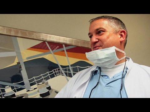 Γαλλία: Στο εδώλιο ο Ολλανδός οδοντίατρος του τρόμου