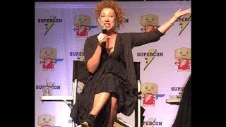 Alex Kingston reaction finding out Jodie Whittacker is the 13th Doctor, during her Sunday Panel at Raleigh SuperCon.