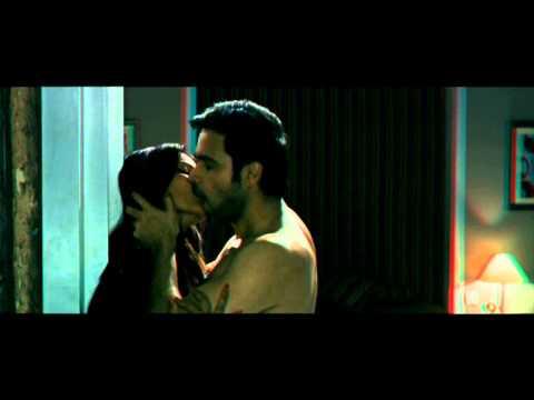BIPASHA.BASU.HOT.KISS.IN.RAAZ-3 [HD] FIRSR.TIME.IN.YOUTUBE