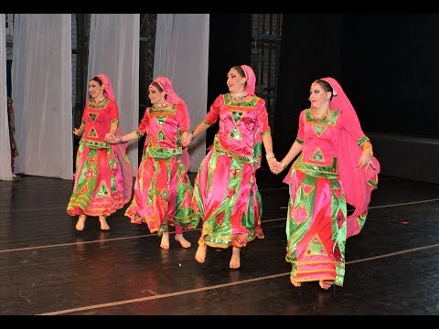 Video Rangilo Maro Dholna by 4 Russian dancers, Pyar Ke Geet item song, Biru Saraswati, Магия Индии, Биру download in MP3, 3GP, MP4, WEBM, AVI, FLV January 2017