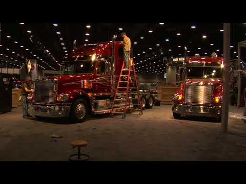 """Building The Retroliner"" Ep40a - Arriving At The Worlds Biggest Truck Show"