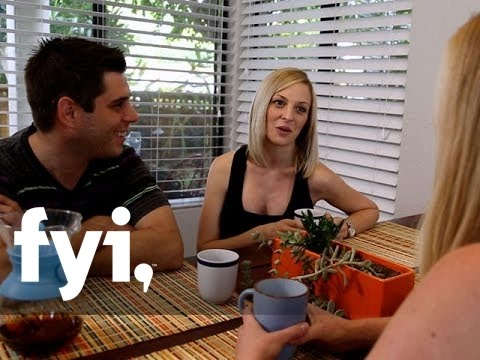Tiny House Hunting: Finding A San Diego Cottage (S2, E13) | FYI