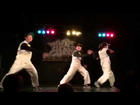 上宮中学校ストリートダンス部 X←MiNiT (TRUE SKOOL vol.204)