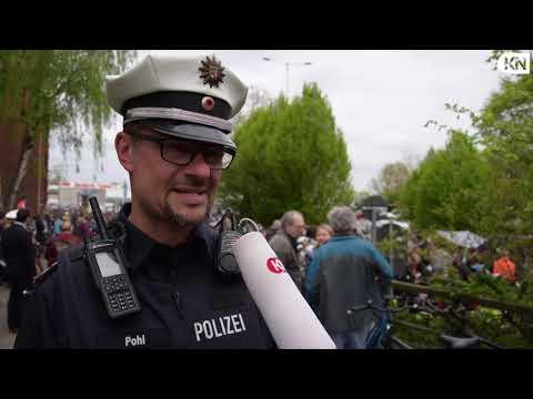 Demonstration auf dem Theodor-Heuss-Ring für eine Ver ...
