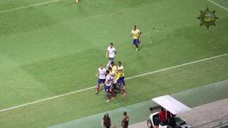 Com dois gols de Zé Roberto, o Bahia saiu na frente da partida contra o Avaí, pela primeira rodada da Série B do Campeonato...