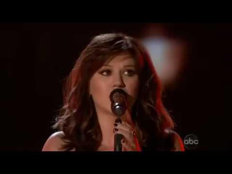 Kelly Clarkson - Dark Side [Live 2012 Billboard Music Awards]
