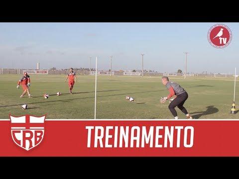Profissionais Realizam Jogo-treino Contra os Garotos do Sub-20