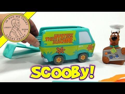 Scooby Doo Talking Scooby Snacks Gummy Maker Set, Cartoon Network