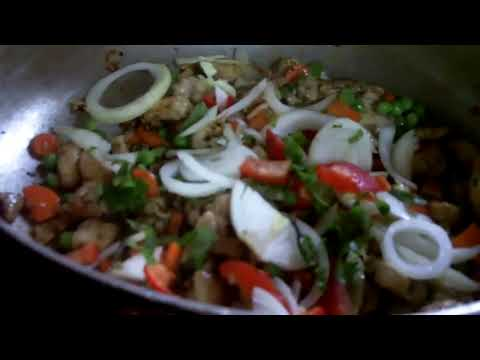Caribbean Recipe: How to make a West Indian Chicken and Vegetable Fried Rice