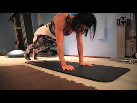 BullRam treeniohjelma ja Martina Aitolehti tekijä: Bullram Fitness
