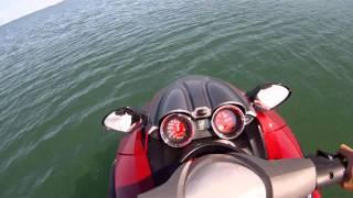 10. Waverunner Yamaha FZR